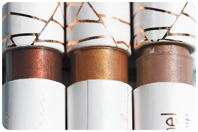 couleur caramel le zanzibar liquid eyeshadow