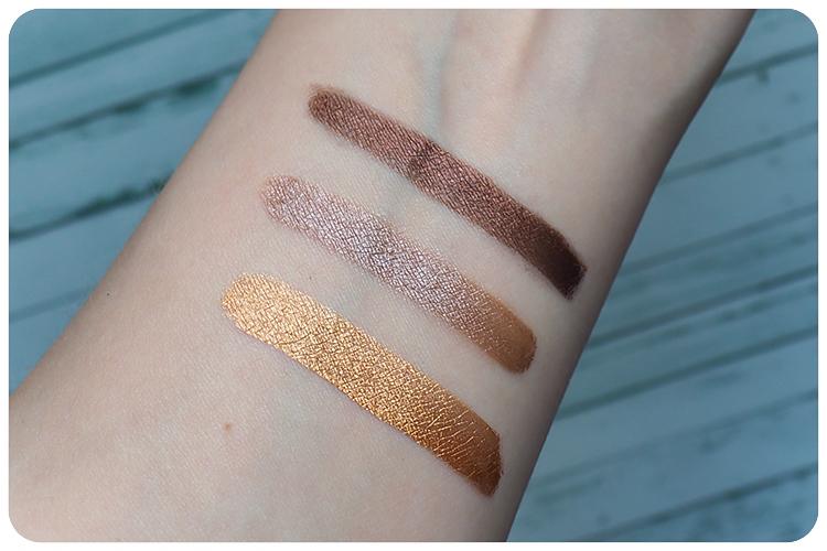 couleur caramel liquid eyeshadow swatch