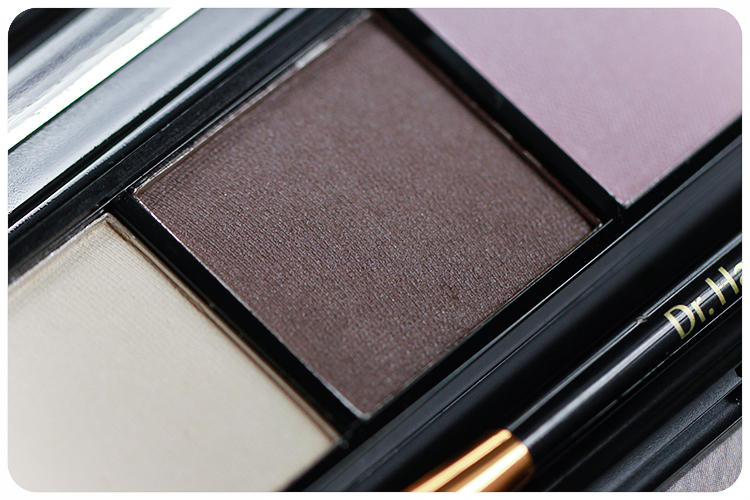 Dr Hauschka Eyeshadow Palette 02 Welcome Back LE 2